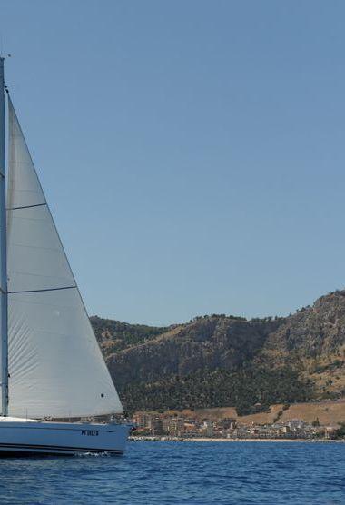 Velero Jeanneau Sun Odyssey 49 i (2009)-3