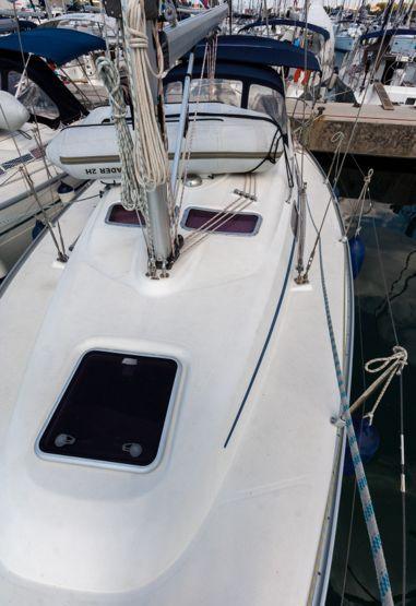 Sailboat Bavaria Cruiser 33 (2013)-3