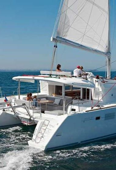 Catamaran Lagoon 450 F (2012)-3