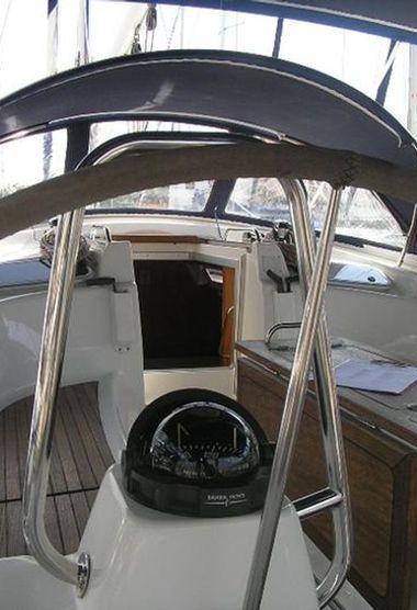 Sailboat Bavaria Cruiser 46 (2006)-3