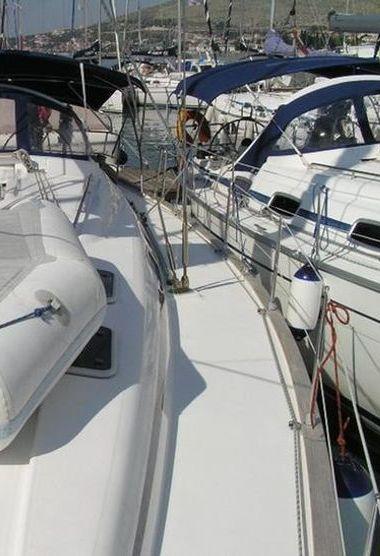 Sailboat Bavaria 42 (2008)-3