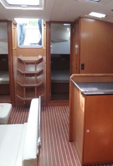 Sailboat Bavaria Cruiser 50 (2011)-3