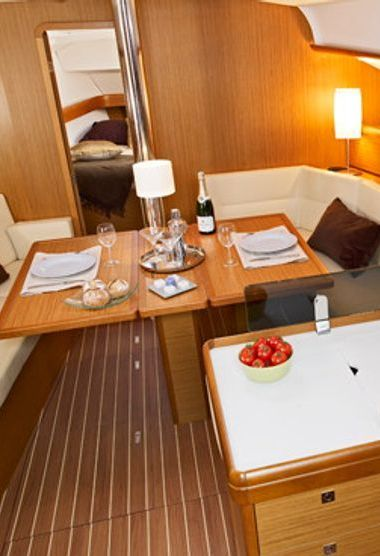 Sailboat Jeanneau Sun Odyssey 42 i (2012)-3