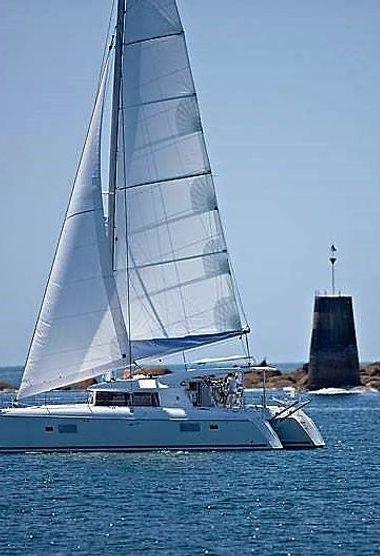Catamarano Lagoon 421 (2011)-3