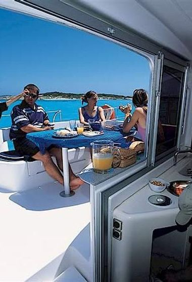 Catamarán Fountaine Pajot Lavezzi 40 (2008)-3