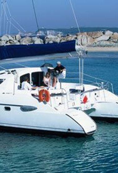 Catamaran Fountaine Pajot Lavezzi 40 (2010)-3