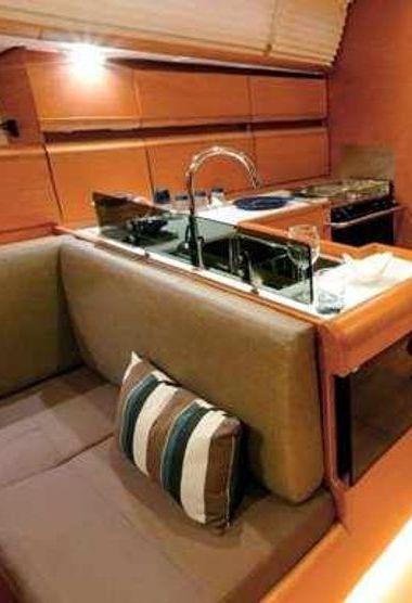 Zeilboot Jeanneau Sun Odyssey 439 (2012)-3