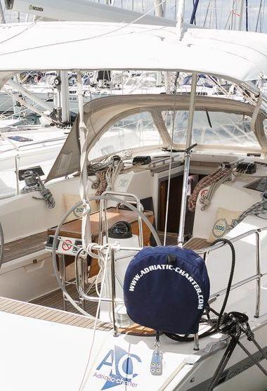 Segelboot Bavaria Cruiser 40 (2012)-3