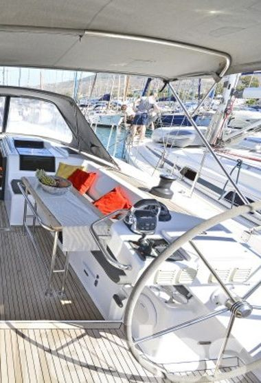 Sailboat Hanse 575 (2014)-3