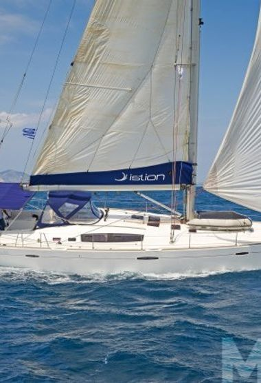 Sailboat Beneteau Oceanis 54 (2009)-3