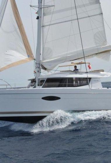 Catamaran Fountaine Pajot Helia 44 (2013)-3