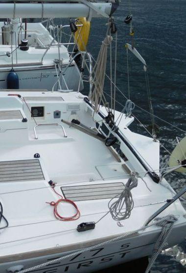 Barca a vela Beneteau First 27.7S (2009)-3