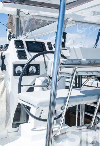 Catamarano Lagoon 380 S2 (2015)-3