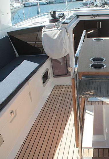 Sailboat Beneteau Oceanis 41.1 (2019)-3