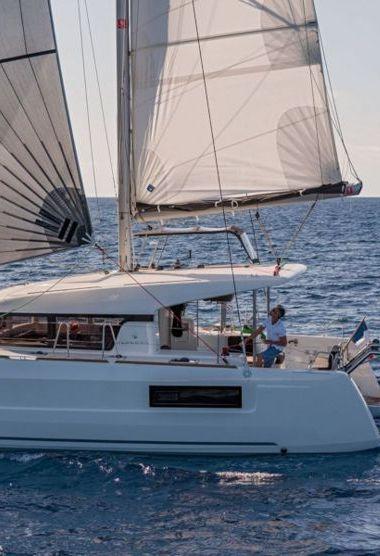 Catamaran Lagoon 40 (2020)-3