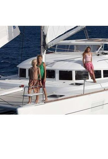 Catamaran Lagoon 380 (2009)-3