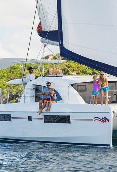 Catamaran Leopard Moorings 4000 (2019)-3