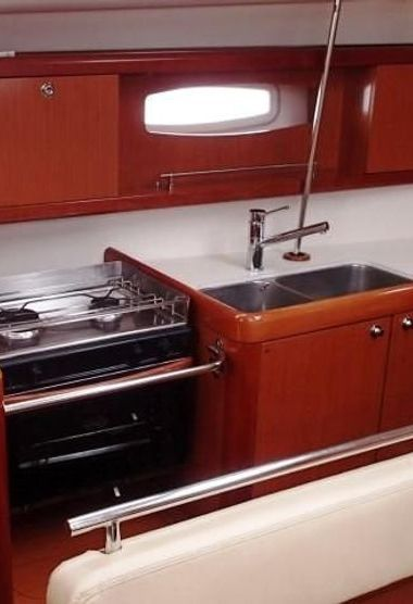 Segelboot Beneteau Oceanis 43 (2010)-3