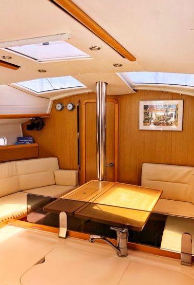 Zeilboot Jeanneau Sun Odyssey 42 DS (2010)-3