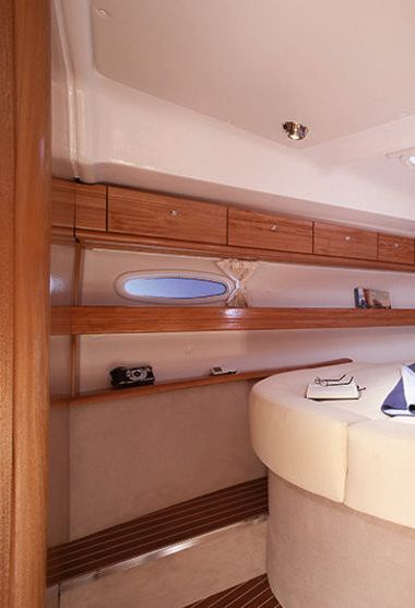 Sailboat Bavaria Cruiser 46 (2008)-3