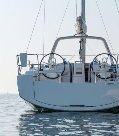 Sailboat Beneteau Oceanis 38 (2014) (3)