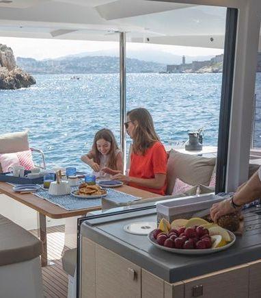 Catamaran Fountaine Pajot Astrea 42 (2020) (3)