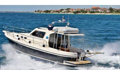 Motor boat Sas Vektor Adria 1002 V (2014)