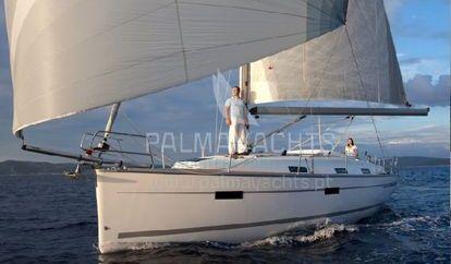 Sailboat Bavaria Cruiser 36 (2013)