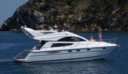 Motor boat Fairline Phantom 40 (2010)