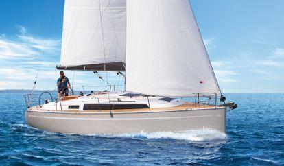 Sailboat Bavaria Cruiser 34 (2017)
