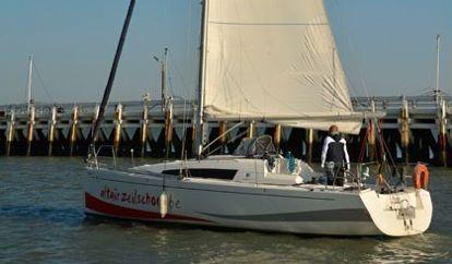 Sailboat Jeanneau Sun Fast 3200 (2011)