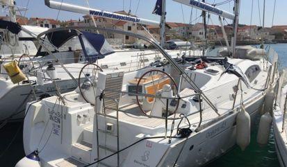 Sailboat Beneteau Oceanis 43 (2009)