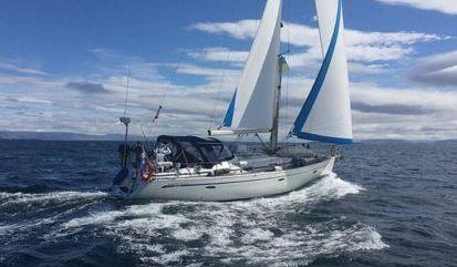 Sailboat Bavaria 42 HT (2006)