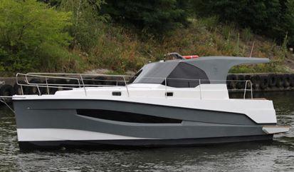 Motor boat Represser 30 (2015)