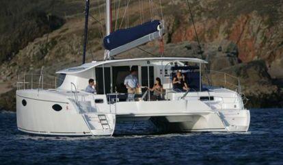 Catamaran Fountaine Pajot Orana 44 (2010)