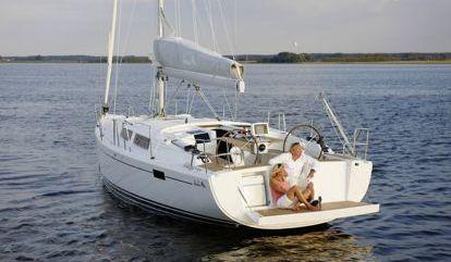 Sailboat Hanse 385 (2017)