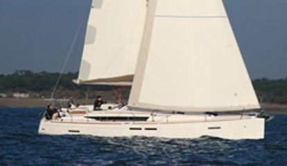 Sailboat Jeanneau Sun Odyssey 439 (2016)