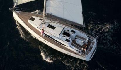 Sailboat Jeanneau Sun Odyssey 409 (2013)