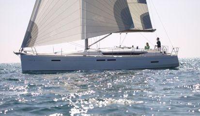 Sailboat Jeanneau Sun Odyssey 449 (2019)
