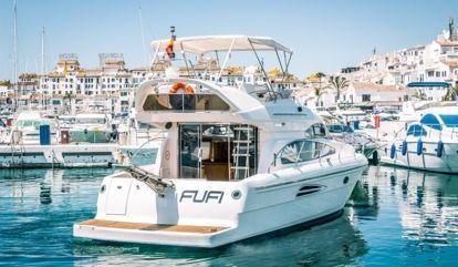 Barco a motor Astondoa 39 (2010)