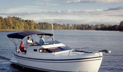 Motor boat Delphia Nano (2015)