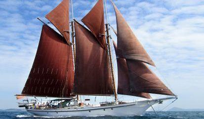Sailboat Gaff Schooner (1990)