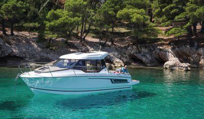 Motor boat Jeanneau Merry Fisher 795 (2018)