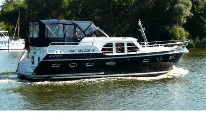 Houseboat Deluxe 42 (2010)