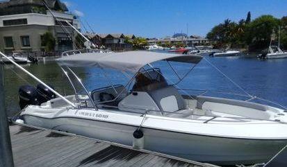 Motor boat Legend 28 (2014)