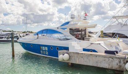 Barco a motor Azimut 62 S (2008)