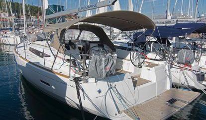 Sailboat Jeanneau Sun Odyssey 449 (2017)