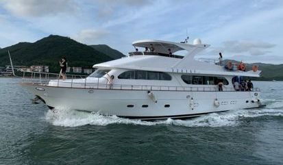 Barco a motor Custom Build Luxury (2003)