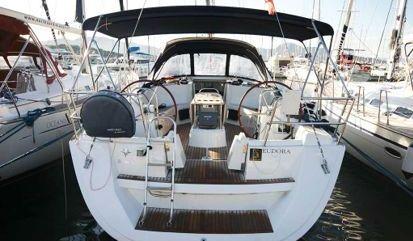Sailboat Jeanneau Sun Odyssey 49 i (2009)