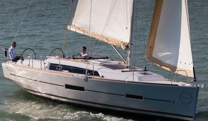 Sailboat Dufour 382 GL (2015)